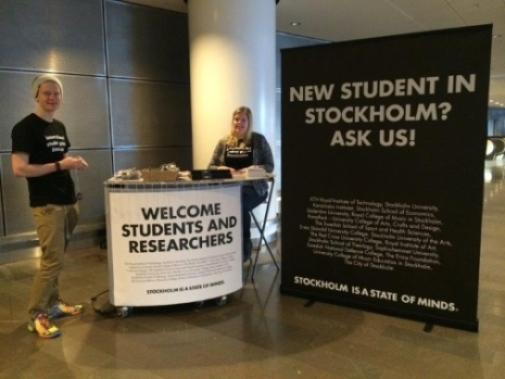 Student guides meet you at the airport. Photo: Dan Johansson, Stockholm Academic Forum
